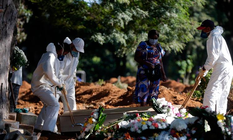Brasil supera los 114 mil muertos y bordea los 3,6 millones de casos por COVID-19