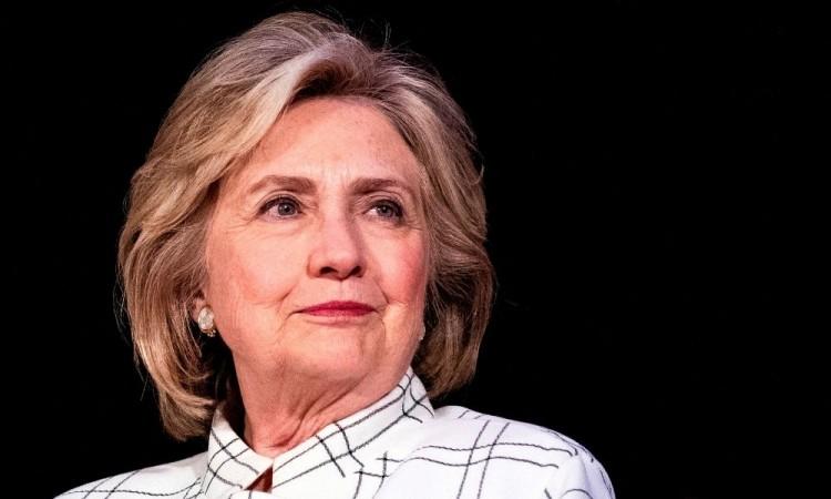 """""""Estás a punto de ser nuestra próxima vicepresidenta, afirmó Clinton."""