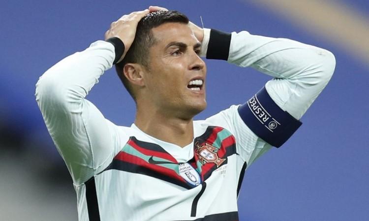 Cristiano Ronaldo da positivo en coronavirus tras los últimos test realizados en la concentración de Portugal