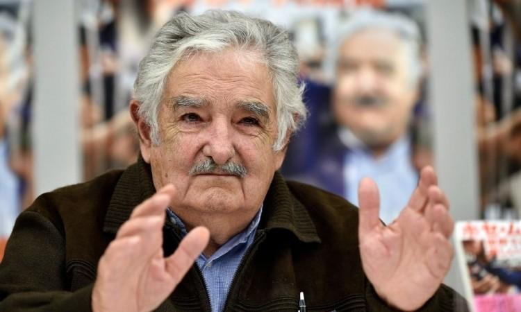 Mujica fue uno de los principales dirigentes del izquierdista Frente Amplio.