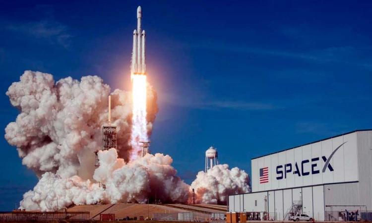 Todo listo para histórica misión tripulada de la NASA y SpaceX a la EEI