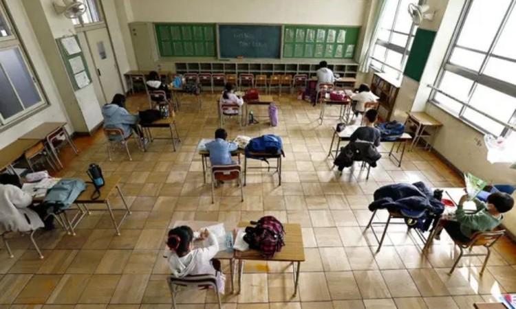 Defiende la OMS mantener abiertas las escuelas durante la pandemia