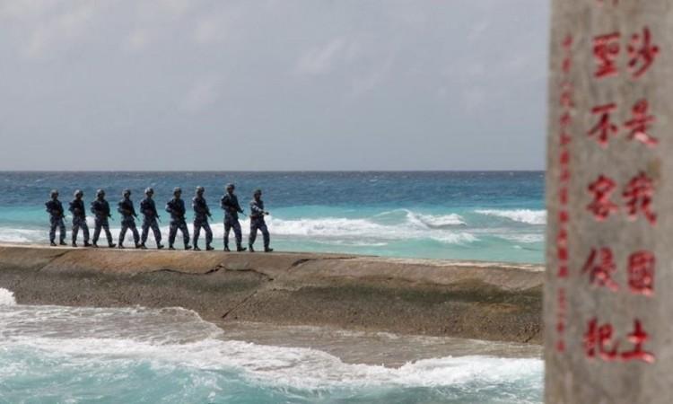 Exige EU a China dejar de presionar a otros países en la disputa por el mar de la China Meridional