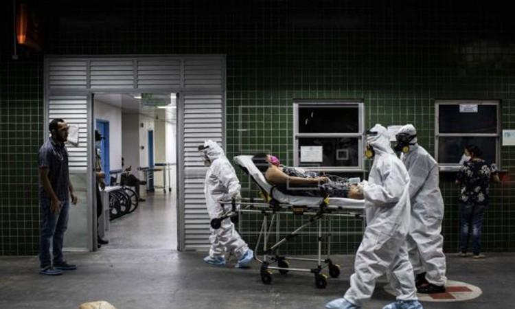 En las últimas 24 horas Brasil registra 302 muertes y 16 mil 207 casos nuevos de Covid-19