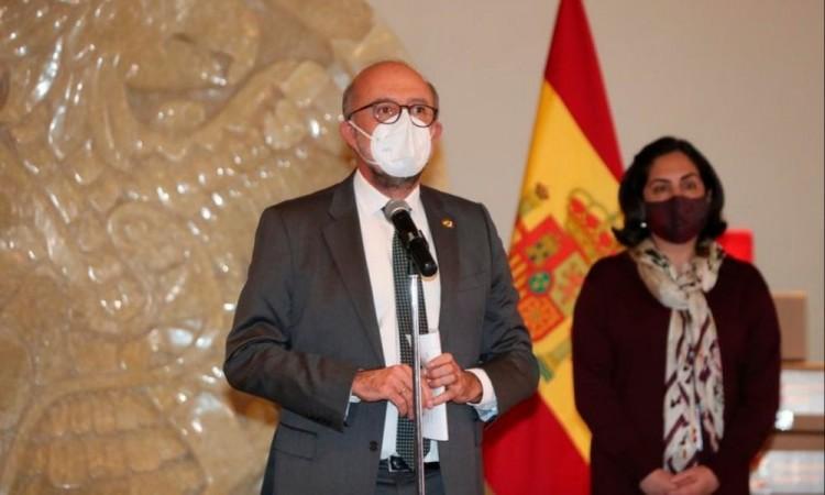 En el transporte y reparto de los 7 mil 500 kits de ayuda humanitaria española participará el Ejército.