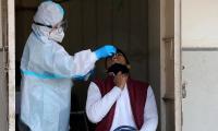 Casos de coronavirus llegan a 78,4 millones al año de que empezara a circular
