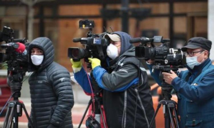 Al menos 600 periodistas murieron por  Covid-19 en el mundo el año pasado