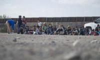 EU alojará a algunas familias migrantes en hoteles cerca de la frontera