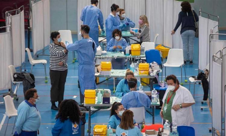 En un día España marca un récord nuevo aplicando más de medio millón de vacunas
