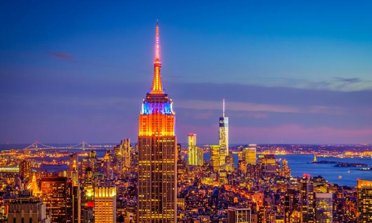 El icónico Empire State celebra su 90 aniversario con encendido de luces