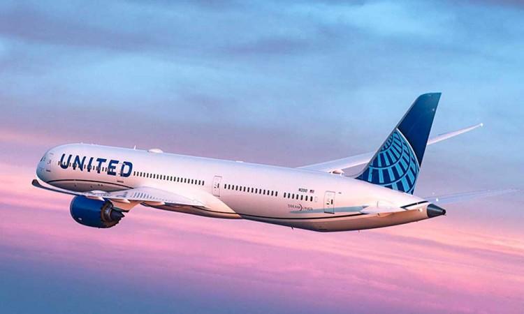 ¿Ya estas vacunado? United Airlines sorteará un año de vuelos gratis entre viajeros que tengan las dosis completas