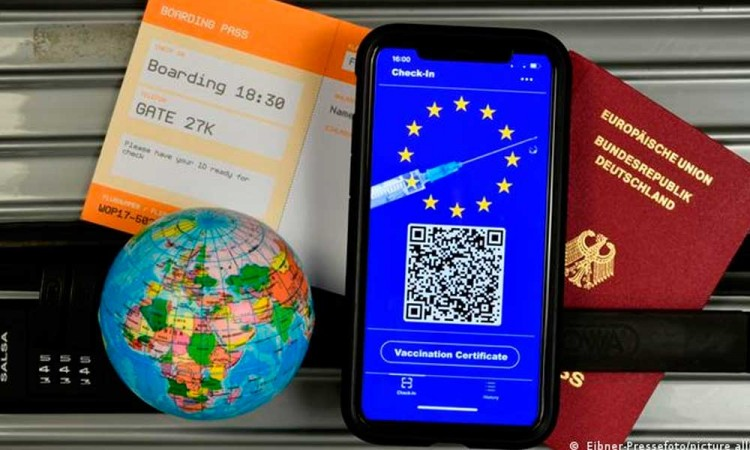Conoce el CovPass, el certificado digital de vacunación que te permitirá viajar en Alemania