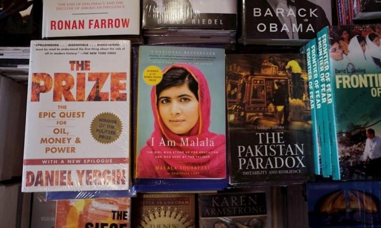 Detienen a un clérigo en Pakistán por amenazas de muerte contra Malala