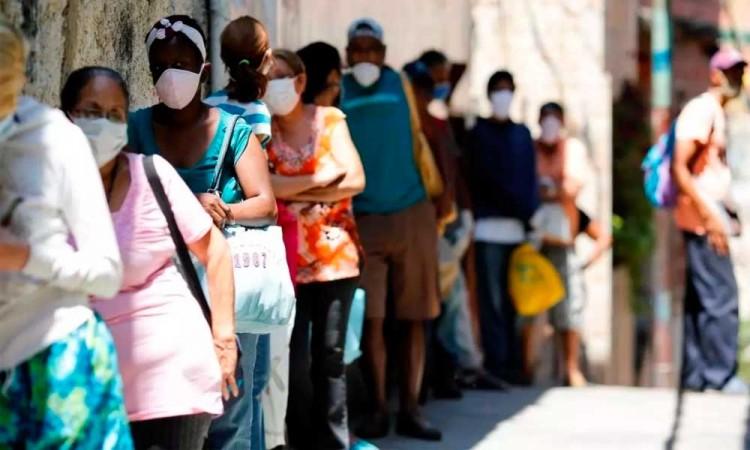Médicos advierten sobre que la pandemia en Venezuela está fuera de control