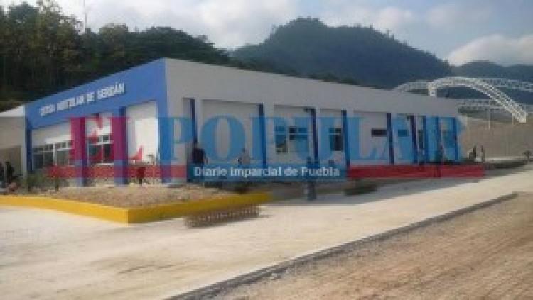 Inauguran hospital en Huitzilan