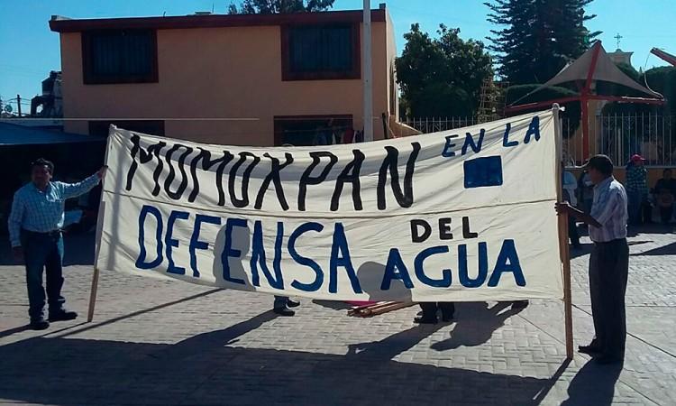 Protestan contra titular del Sistema de Agua en Momoxpan