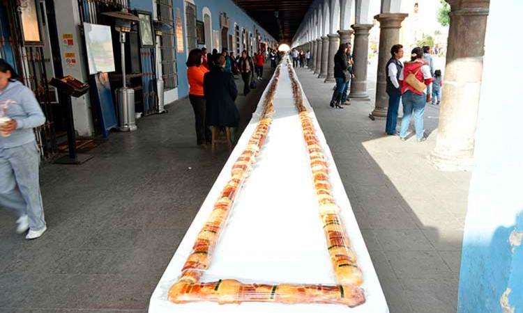 Mantienen costo de Roscas en Acatlán