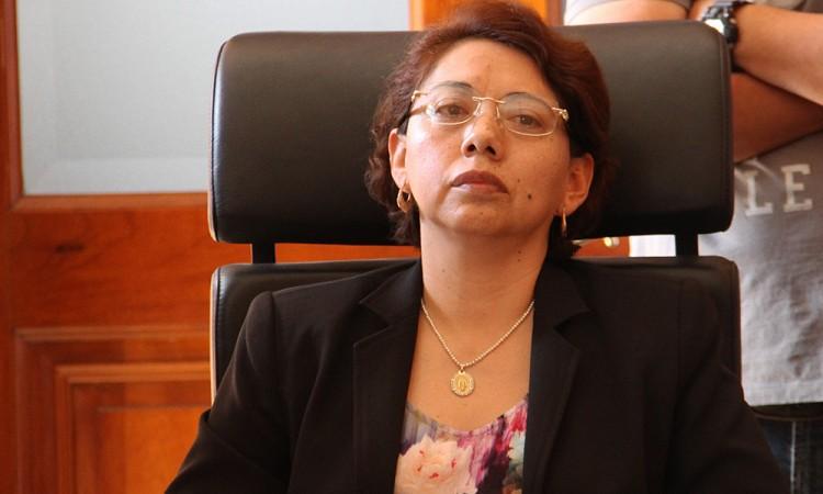 Interrumpen inhabilitación de la alcaldesa de Tehuacán