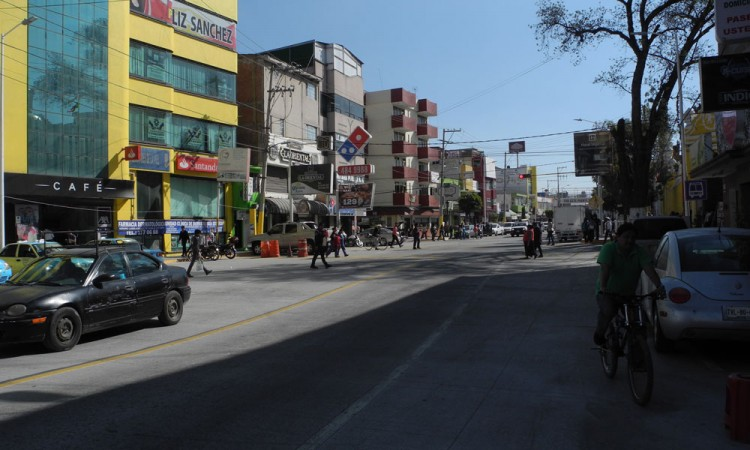 Exigen cuidar obras de Avenida Libertad