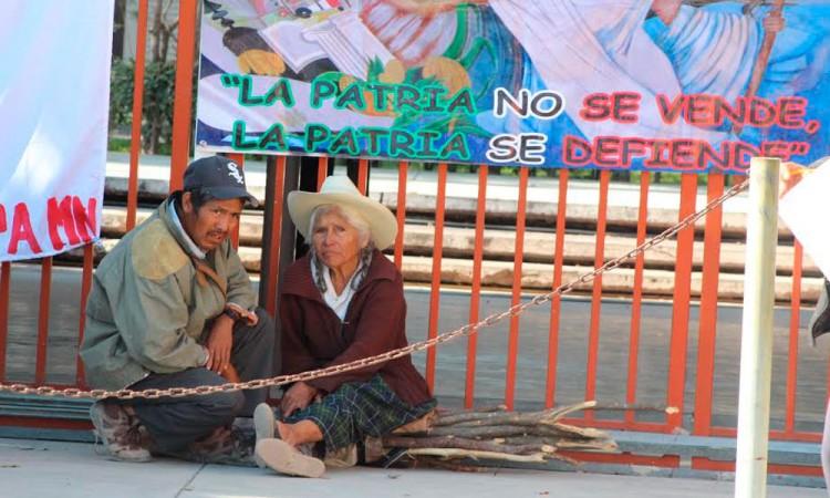 Toman las instalaciones del CDI Tehuacán