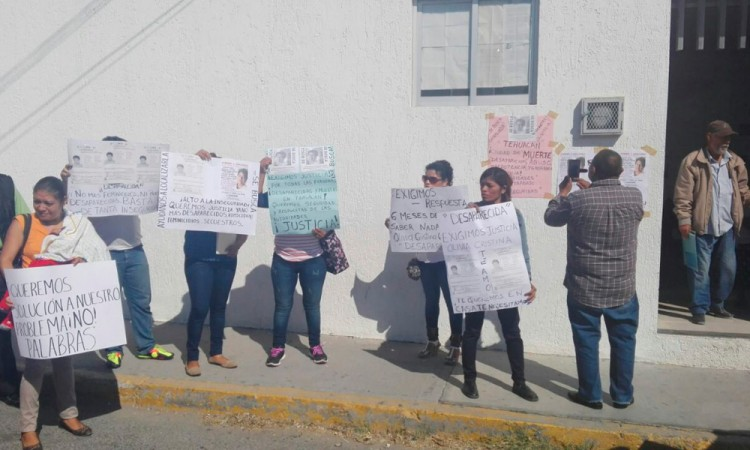 Exigen a FGE avances por desaparición de mujer en Tehuacán