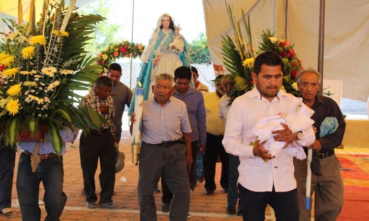Celebran a la virgen de La Candelaria