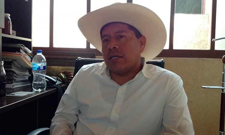 Acusan a exdirigente campesino de malversar 30 mdp