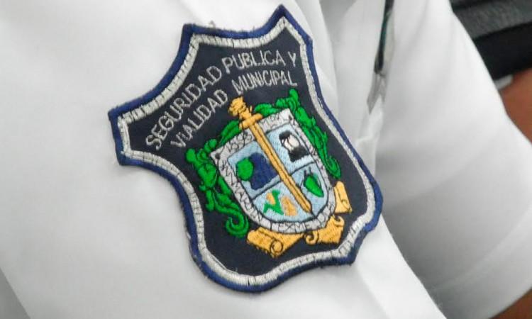 Denuncian por extorsión a agente de tránsito de Texmelucan