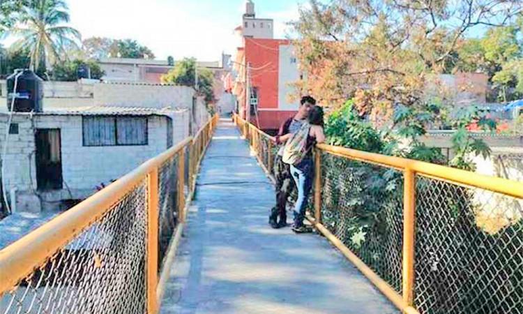 Denuncian alza en robos en puente Las Pasaderas