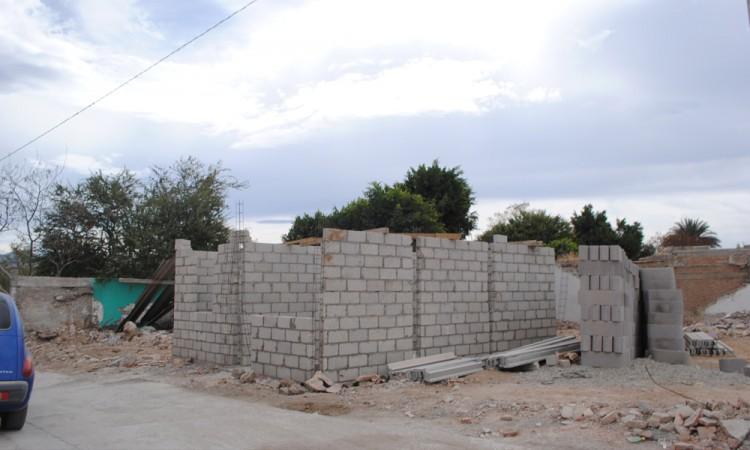 A medias, reconstrucción en Tehuitzingo