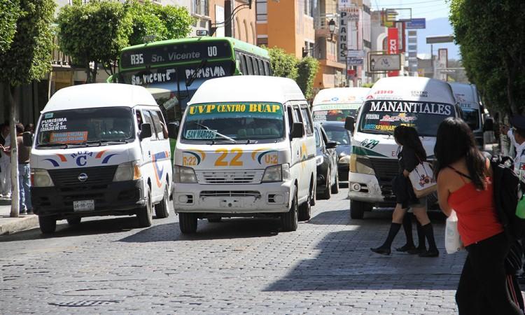 También usuarios rechazan reubicación de transporte público