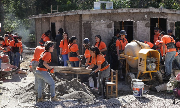 Dan 6 casas de 46 por construir en San Antonio Alpanocan