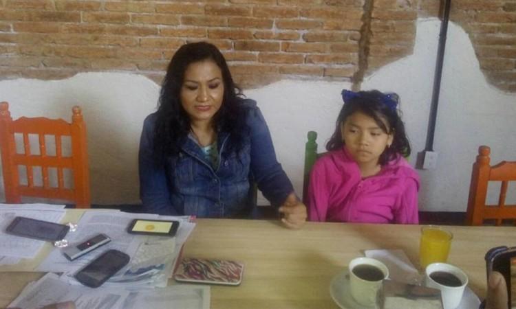 Acusan bullying de maestra contra niña de 10 años