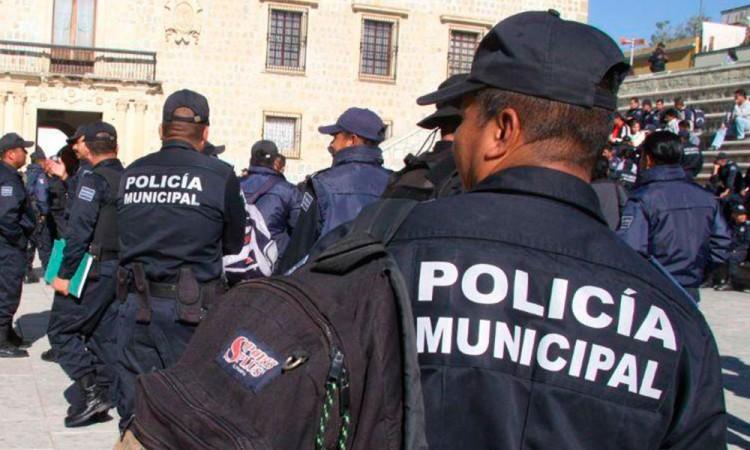 Demandan Policías municipales destitución de comandante