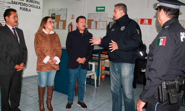 Luis Alberto asume el mando de San Pedro Cholula