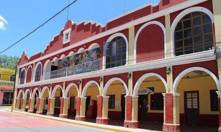 Denuncia edil de Coxcatlán amenazas de muerte