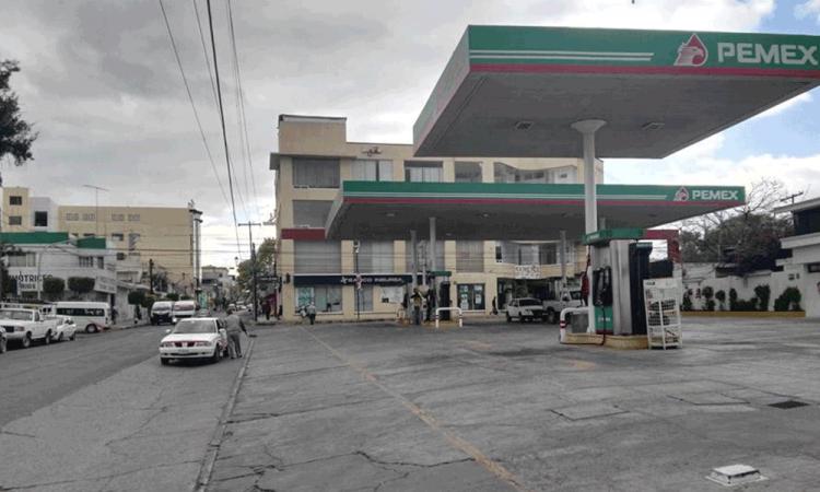 Alerta a municipios poblanos supuesto desabasto de gasolina