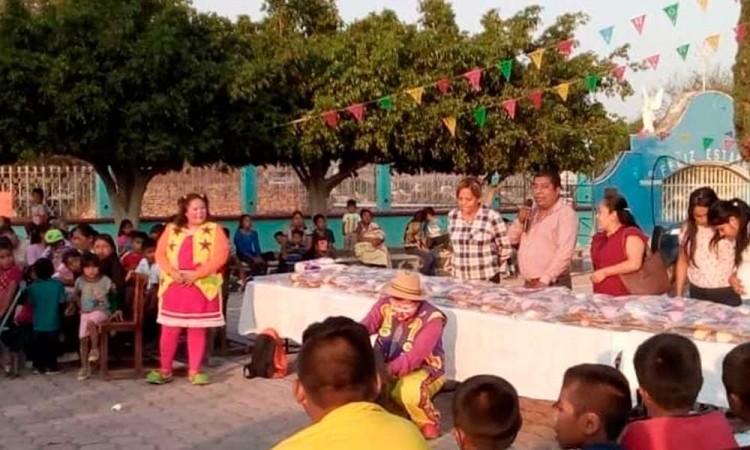 Invita Comuna a festejo de Reyes y no da a los niños juguetes ni rosca