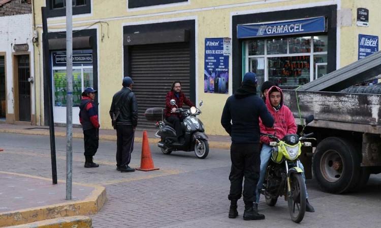 Anuncian multas a motos y coches en Chignahuapan