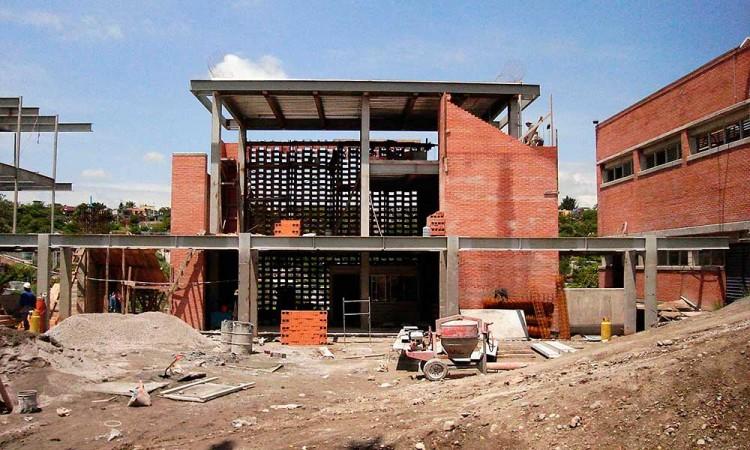 En Acatlán prevén aumento en precio de material de construcción