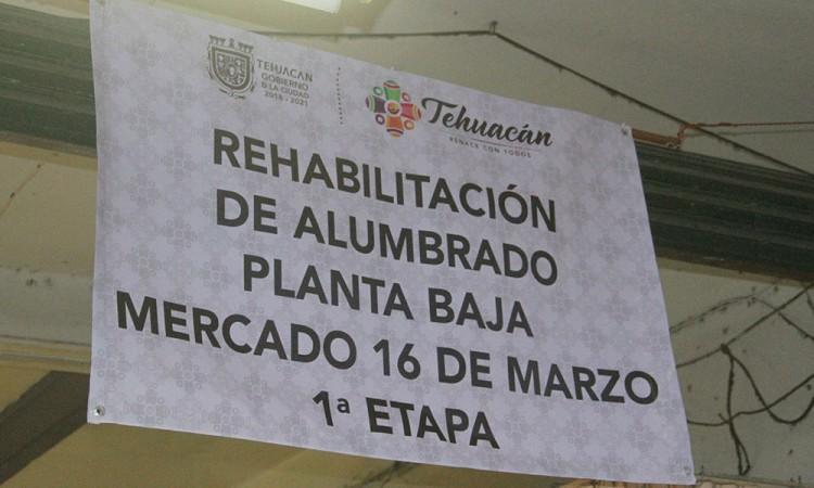 Inician obras para alumbrar mercado en Tehuacán