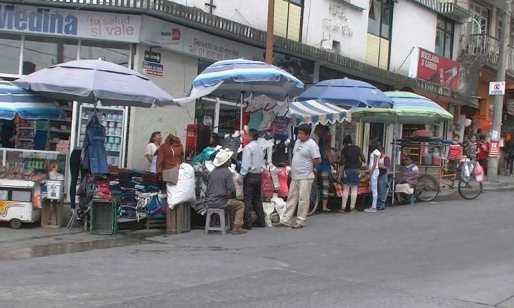 Pactan comerciantes remodelación de mercado en Teziutlán