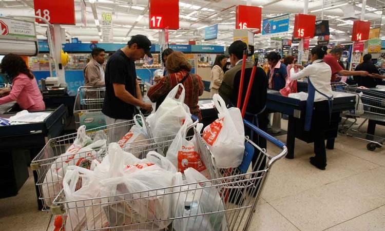 Aumenta el apoyo a regulación de las bolsas de plástico