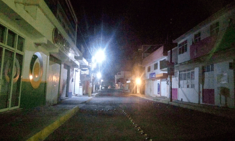 Impone edil toque de queda en San Gabriel Chilac