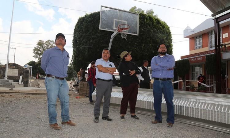 Evalúan avance de obras en escuelas de San Andrés Cholula