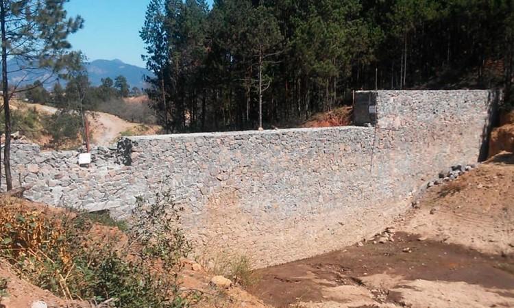 Exigen a edil de Aquixtla denunciar reactivación ilegal de represa