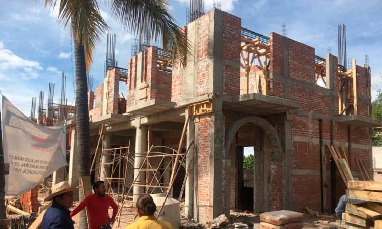 Presidencia de San Pedro Yeloixtlahuaca lleva 70% de avance de reconstrucción