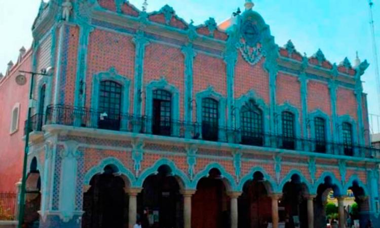 Con firmas, pedirán extinguir el Cabildo de Tehuacán