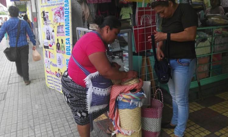 Ganan amparo vendedoras de tortillas en Tehuacán