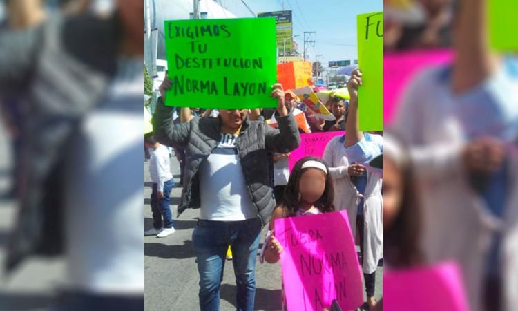 Ambulantes de Texmelucan exigen la destitución de Norma Layón